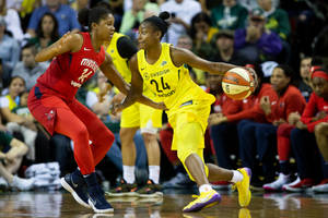 cbs sports network to air 40 wnba games in new tv deal
