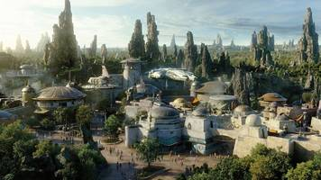 Disneyland has strict time slots for Star Wars land guests
