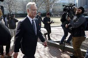 ex-coach, parent to plead guilty in college admissions scam
