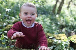 prince louis marks his first birthday with toothy smiles in adorable snap