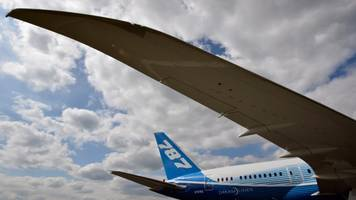more bad headlines strain pilot trust in boeing