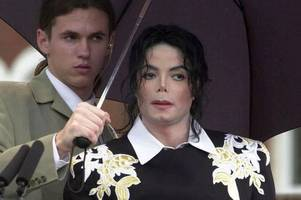 man who guarded michael jackson for 10 years will tell all