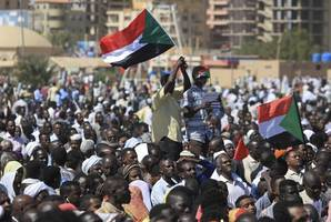 transitional military council invites sudan opposition for talks in khartoum