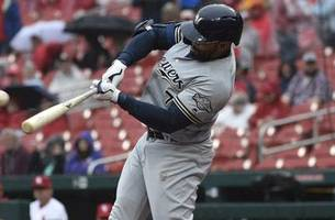 brewers' offense comes up short again in 5-2 loss to cardinals