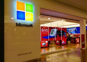 Microsoft hits $ 1 trillion mark on strong Q3 results