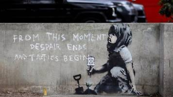 extinction rebellion: is this a genuine banksy?