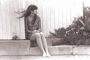 'linda ronstadt: the sound of my voice' review: rock doc starts and ends with the music