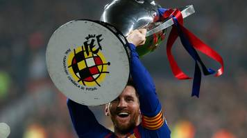 messi scores to secure his 10th la liga title with barcelona