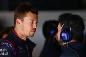 kvyat: f1 could scratch friday from weekend format