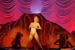 'you don't nomi' film review: documentary asks, were we too hard on camp classic 'showgirls'?
