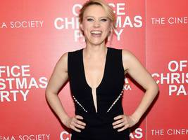 'snl' star kate mckinnon will play disgraced theranos founder elizabeth holmes in a hulu series
