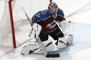 mackinnon, avs beat sharks 3-0 in game 4 to even series