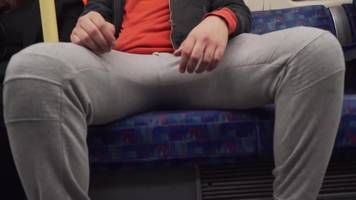 should there be a 'no manspreading' campaign on the london underground?