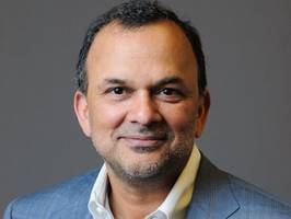 after layoffs and a security breach, docker's ceo has some smart plans to win over big new customers