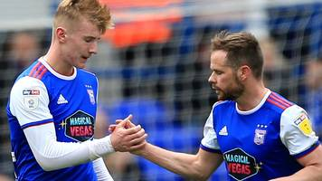 ipswich 3-2 leeds: championship basement side beat play-off bound leeds