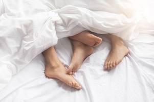 scientists reveal how often 'normal' couples have sex and for how long