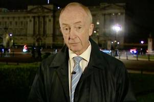bizarre moment bbc news presenter nicholas witchell sparks fears after becoming lost for words