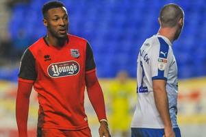 grimsby town fans unimpressed with wes thomas comments on michael jolley altercation