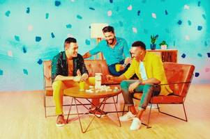 peter england launches 'great fashion @999' national campaign with mahendra singh dhoni, dwayne bravo and ravindra jadeja