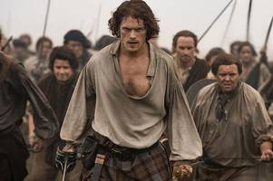 outlander star sam heughan delighted at praise from nicola sturgeon