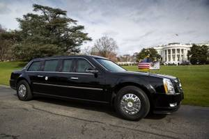 here's how trump's $1.5 million cadillac limo 'the beast' stacks up against putin's newest russian limo