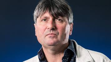 Simon Armitage: 'Witty and profound' writer to be next Poet Laureate