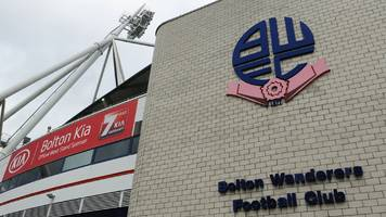 bolton wanderers appoint administrators and face 12-point deduction
