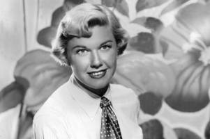 legendary singer and actress doris day dies at 97