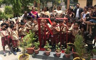 delhi's 3 year old kids celebrate mother's day in unique way