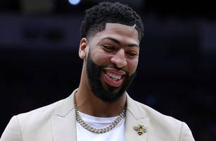 Shannon Sharpe: Pelicans landing the No. 1 pick 'makes it even easier' to trade Anthony Davis
