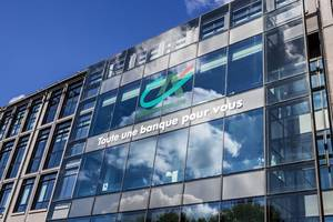 credit agricole's first-quarter net profit fell 11% to 763 million euros