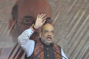 #elections2019: amit shah's kolkata roadshow ends in violence details here