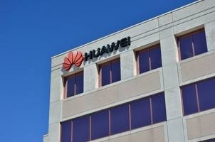 Huawei Chairman Hua: We'll Commit To 'No Spy' Agreements To Win Government Contracts