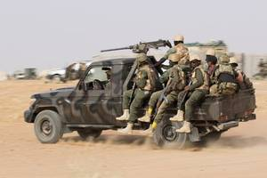 search on for 11 niger soldiers missing after ambush killed 17