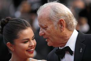 Selena Gomez and Bill Murray put on a hilarious show for Cannes Film Festival red carpet