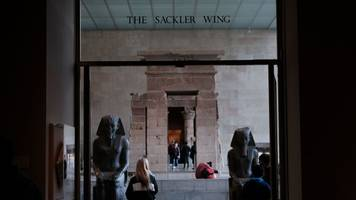 new york's met museum to shun sackler family donations