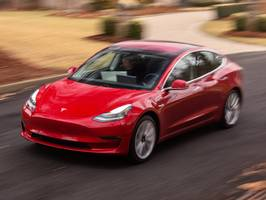 The driver killed in a recent Model 3 crash was traveling with Autopilot engaged, NTSB report reveals (TSLA)