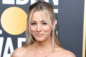 'Big Bang Theory' Star Kaley Cuoco Goofs Off to the End in Behind-the-Scenes Photo