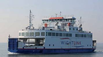 Isle of Wight ferry failures blamed on 'assembly errors'