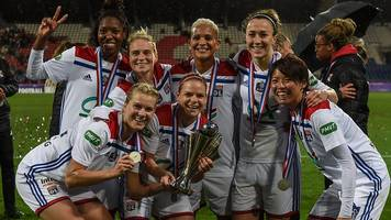 Lyon's Jess Fishlock and Lucy Bronze want Champions League glory against Barcelona