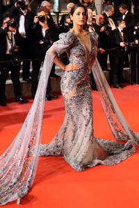 Cannes 2019: Hina Khan's red carpet debut looks ethereal