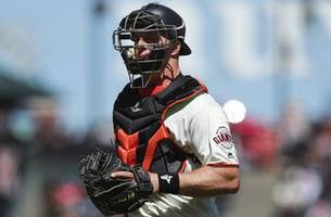 Rays acquire catcher Erik Kratz from Giants for player to be named or cash