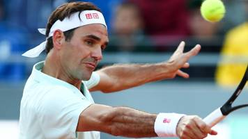 Federer withdraws from Italian Open with leg injury