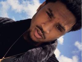 trey songz shares surprising pics of his newborn son