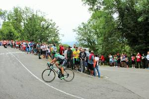 bilbao claims first grand tour stage win at giro