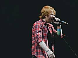 justin bieber and ed sheeran hit number one with i don't care