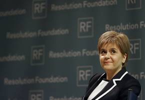 nicola sturgeon condemns 'charlatan' boris johnson