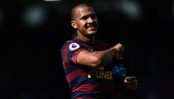 salomon rondon drawing interest from west ham & wolves as race heats up for west brom striker