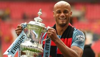 vincent kompany announces departure from manchester city after 11 brilliant years