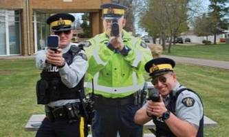 """canadian police to use """"scarecrow"""" cops to catch speedsters"""